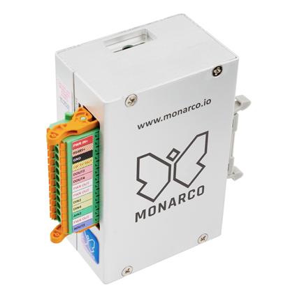 Monarco HAT pro Raspberry Pi vkrabičce nalištu DIN. Vertikální, konektor.